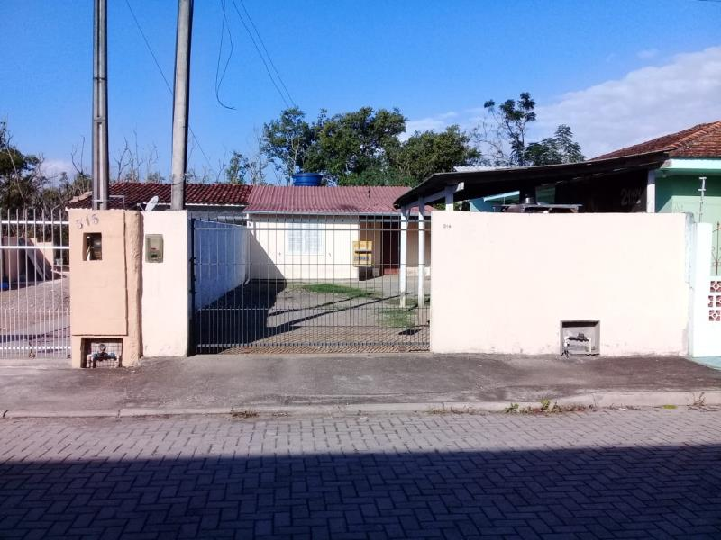 Casa Código 3927 a Venda no bairro Centro na cidade de Palhoça Condominio