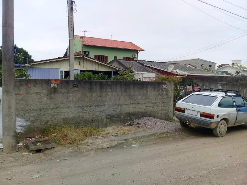 Casa Código 3949 a Venda no bairro Praia do Pontal na cidade de Palhoça Condominio