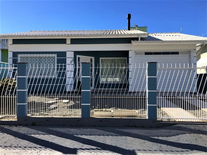 Casa Código 3995 a Venda  no bairro Aririu na cidade de Palhoça