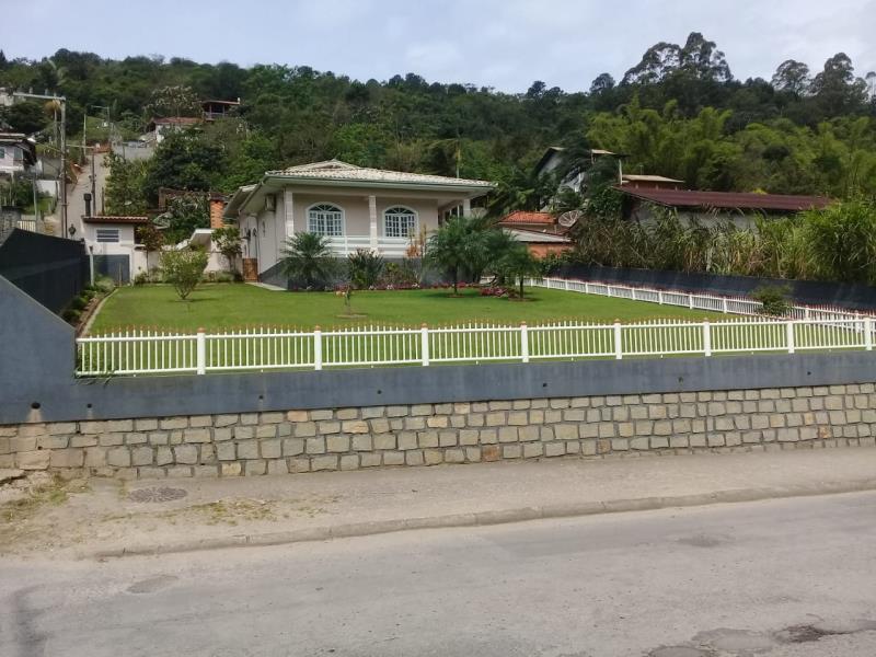 Casa Código 4080 a Venda no bairro Potecas na cidade de São José Condominio