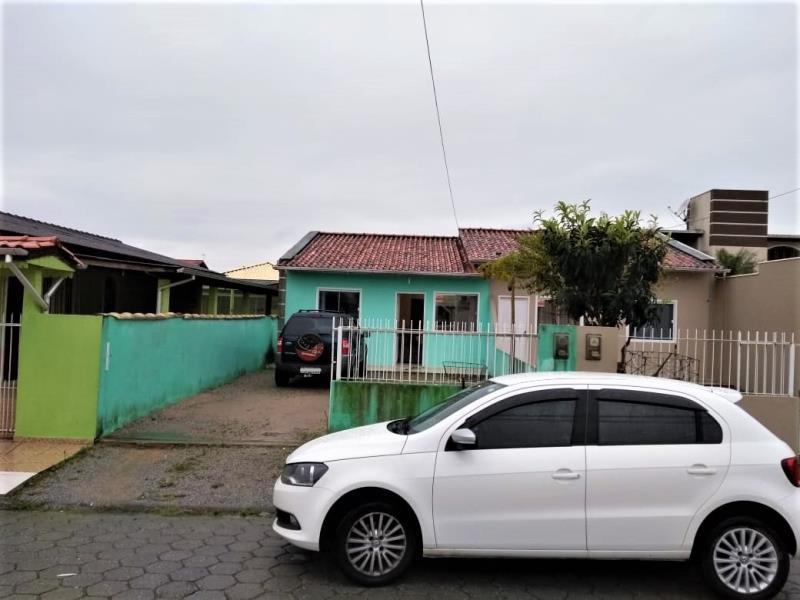 Casa Código 4137 a Venda no bairro Barra do Aririú na cidade de Palhoça Condominio
