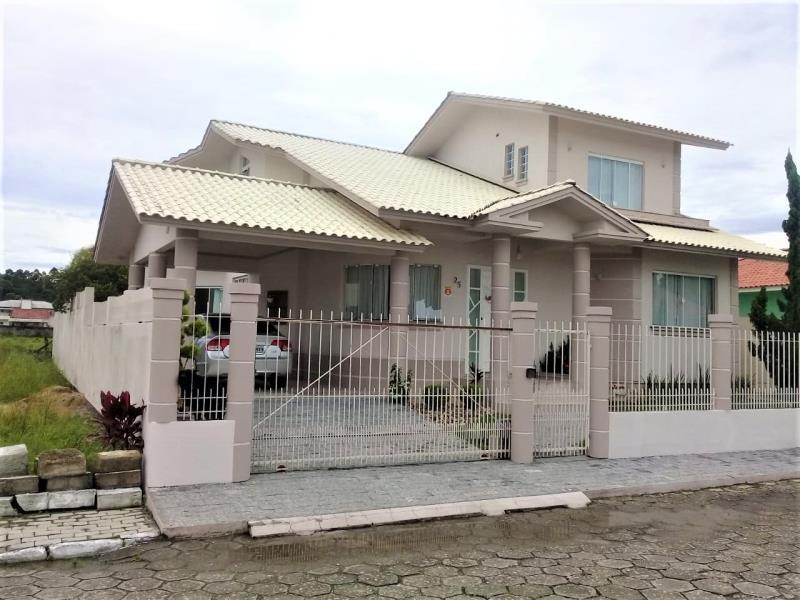 Casa Código 4192 a Venda no bairro Aririu na cidade de Palhoça Condominio
