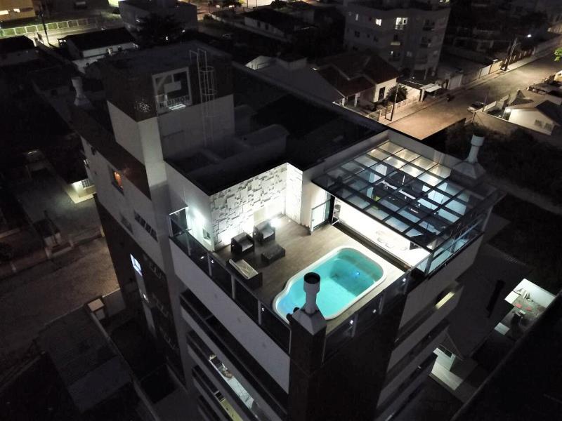 Cobertura Duplex Código 4202 a Venda no bairro Centro na cidade de Palhoça Condominio residencial dimon