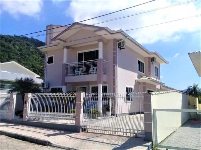 Casa Código 4214 a Venda no bairro Alto Aririu na cidade de Palhoça Condominio