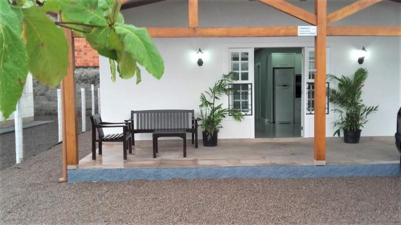 Casa Código 4220 a Venda no bairro Praia Pinheira na cidade de Palhoça Condominio