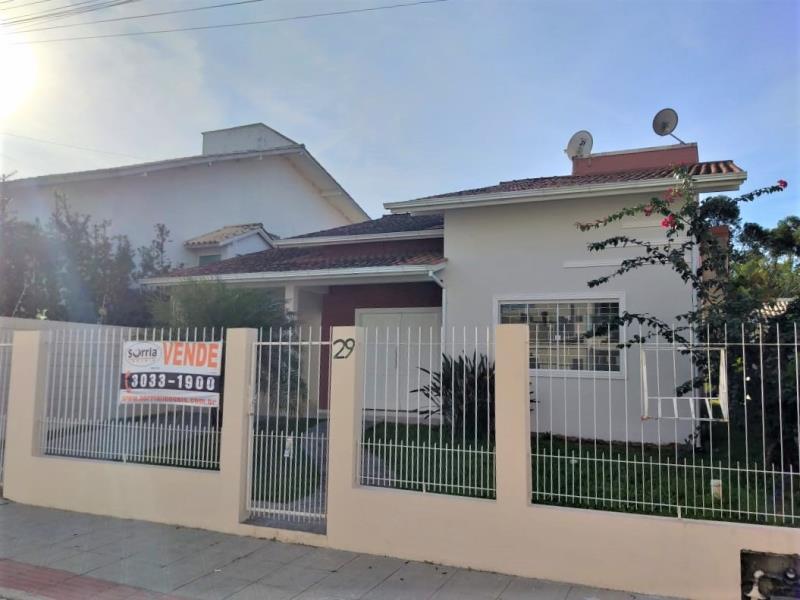 Casa Código 4226 para alugar no bairro Aririu na cidade de Palhoça Condominio