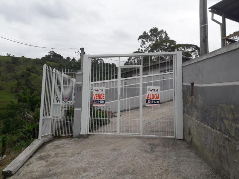 Casa Código 4258 a Venda no bairro Vila Santana na cidade de Santo Amaro da Imperatriz Condominio