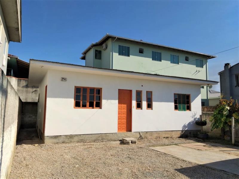 Casa Código 4312 para alugar no bairro Pacheco na cidade de Palhoça Condominio