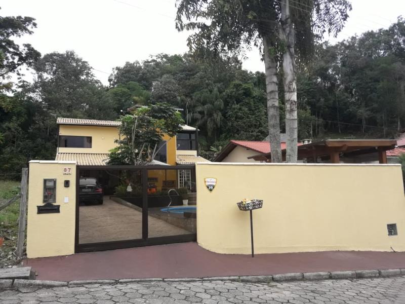 Casa Código 4337 a Venda no bairro São Francisco na cidade de Santo Amaro da Imperatriz Condominio