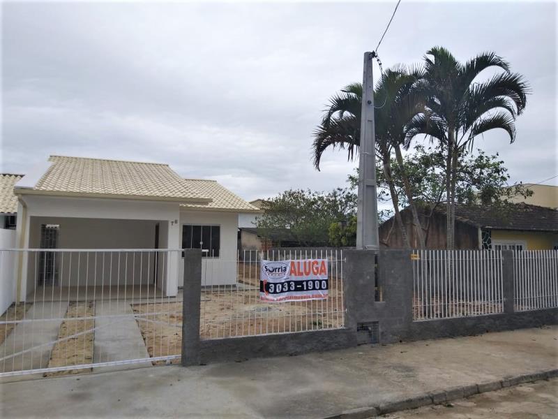 Casa Código 4351 para alugar no bairro Rio Grande na cidade de Palhoça Condominio