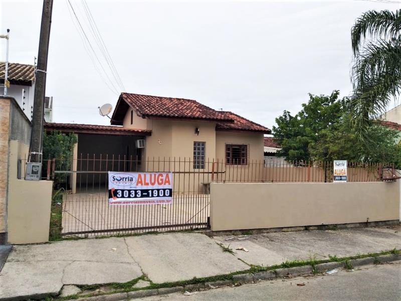 Casa Código 4364 para alugar no bairro Madri na cidade de Palhoça Condominio