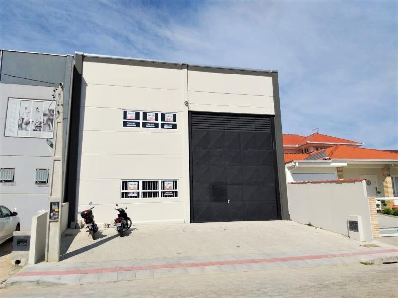 Galpão Código 4369 a Venda no bairro Jardim das Palmeiras na cidade de Palhoça Condominio