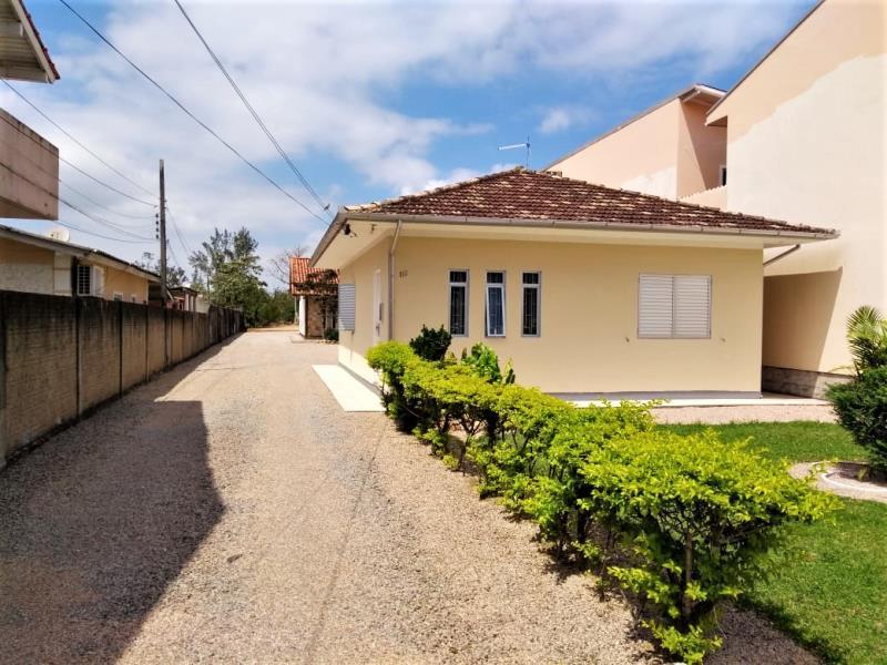 Casa Código 4414 a Venda no bairro Centro na cidade de Palhoça Condominio