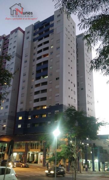 EXCELENTE apartamento de 04 dormitórios sendo 1 Suíte,  no bairro Bigorrilho em Curitiba.  Um predio com excelente acabamento e referencia na regiao em termos de qualidade e segurança. A 5 minutos do Parque bariqui e do shopping Barigui e a 5 minutos do centro, localizado ao lado do supermercado Condor e rodeado de toda uma infraestrutura com  salões, lojas,  bancos e restaurantes e academias e Escolas  * 10º ANDAR; Recebe o sol o dia inteiro na sala e nos quartos  * SALA para dois ambientes com piso laminado e sacada;  * Sacada  * Armario embutido em dois  quartos  * Armario no corredor  * COZINHA com armários planejados;  * ÁREA de serviço,   * Aquecimento central, com consumo de agua individualizado;  * BWC social com box em vidro temperado; pia em granito com armario    * JANELAS de alumínio com persianas externas  VIDROS DUPLOS COM ISOLAMENTO ACUSTICO NAS JANELAS DE 3 DORMITÓRIOS   *  02 vagas de garagem individuais;  * Possibilidade de ativação de sistema de vigilancia por cameras do apto a critério do cliente.   O CONDOMÍNIO OFERECE:  * CANCHA de esportes;  * PLAYGROUND;  * SALÃO de festas;  * CHURRASQUEIRA COLETIVA  * SALÃO GOURMET  * SALA DE GINASTICA  * REVESTIMENTO EXTERNO - PASTILHADO;  * PORTARIA 24H; Sistema de segurança por 32 cameras em todo o predio.   LOCALIZAÇÃO privilegiada, próximo à linhas de ônibus, comércios, hipermercados, bancos, fácil acesso para o centro e também para o parque Barigui;  ENTRE EM CONTATO CONOSCO, SAIBA MAIS E AGENDE SUA VISITA - 3090-9600  CRECI - 5061-J  ** VALORES sujeito à alteração sem aviso prévio.  ** VALORES das taxas, aproximados;