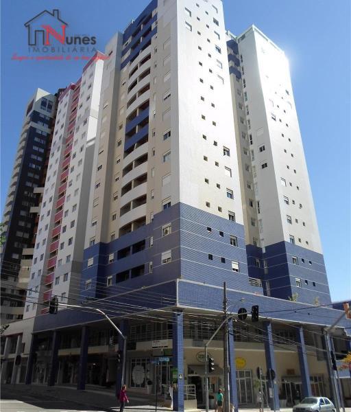 EXCELENTE apartamento de 04 dormitórios sendo 1 Suíte,  no bairro Bigorrilho em Curitiba.  Um predio com excelente acabamento e referencia na regiao em termos de qualidade e segurança. A 5 minutos do Parque bariqui e do shopping Barigui e a 5 minutos do centro, localizado ao lado do supermercado Condor e rodeado de toda uma infraestrutura com  salões, lojas,  bancos e restaurantes e academias e Escolas  * 6º ANDAR;   * SALA para dois ambientes com piso laminado e sacada;  * Sacada  * Armario embutido na suite   * Armario no corredor de acesso aos quartos  * Escritorio com Armarios, que pode ser utilizado como o 4º dormitório   * COZINHA com armários planejados;  * ÁREA de serviço,   * Aquecimento central, com consumo de agua individualizado;  * BWC social com box em vidro temperado; pia em granito com armario    *  01 vaga de garagem individual;   O CONDOMÍNIO OFERECE:  * CANCHA de esportes;  * PLAYGROUND;  * SALÃO de festas;  * CHURRASQUEIRA COLETIVA  * SALÃO GOURMET  * SALA DE GINASTICA  * REVESTIMENTO EXTERNO - PASTILHADO;  * PORTARIA 24H; Sistema de segurança por 32 cameras em todo o predio.   LOCALIZAÇÃO privilegiada, próximo à linhas de ônibus, comércios, hipermercados, bancos, fácil acesso para o centro e também para o parque Barigui;  ENTRE EM CONTATO CONOSCO, SAIBA MAIS E AGENDE SUA VISITA - 3090-9600  CRECI - 5061-J  ** VALORES sujeito à alteração sem aviso prévio.  ** VALORES das taxas, aproximados;