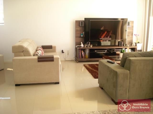 Sala de estar e Lareira