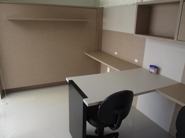 Escritório ou espaço para outro dormitório