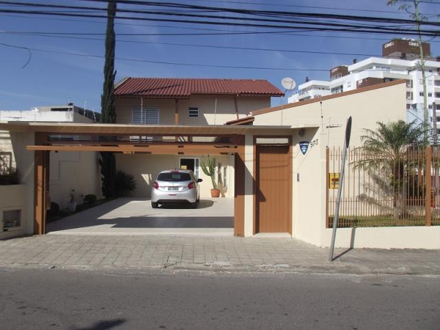 Casa - Código 799 a Venda no bairro Nossa Senhora do Rosário na cidade de São José - Condomínio