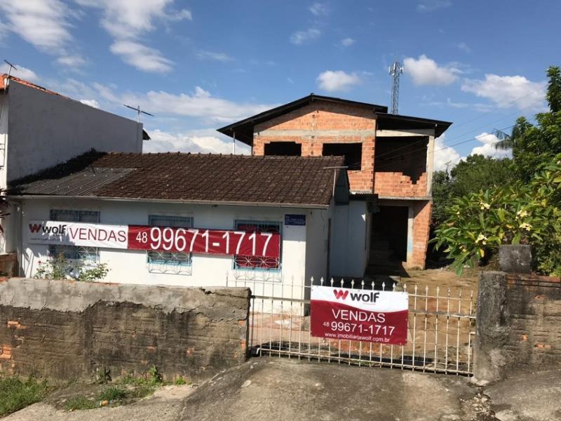 Casa - Código 900 a Venda no bairro Forquilhinhas na cidade de São José - Condomínio