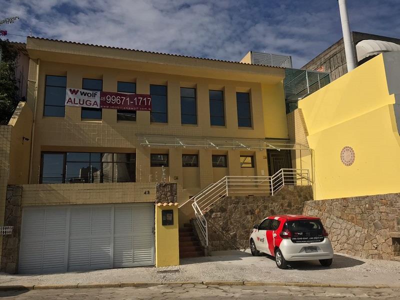 Casa - Código 921 a Locação no bairro Centro na cidade de Florianópolis - Condomínio