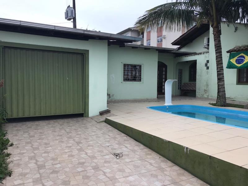 Casa - Código 969 a Locação no bairro Capoeiras na cidade de Florianópolis - Condomínio