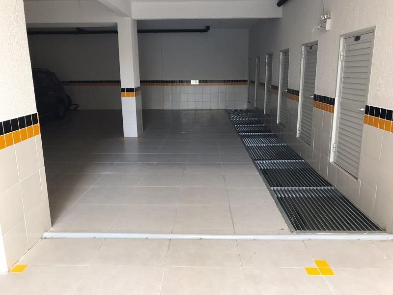 Garagem para 2 carros e box