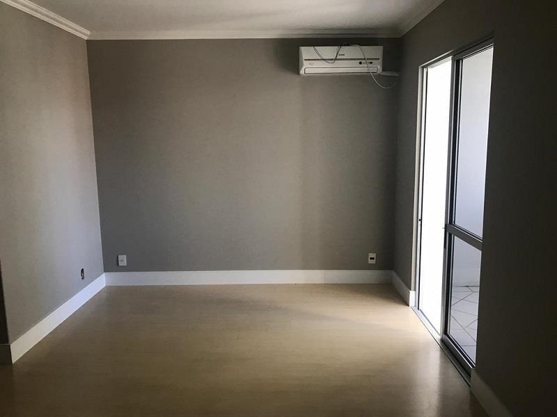 Sala ampla com Split