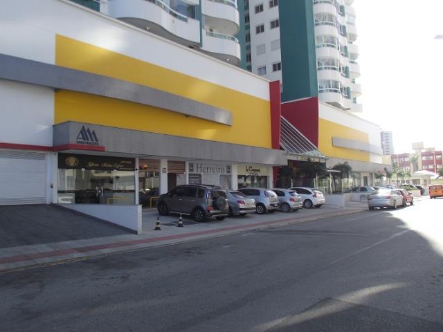 Loja - Código 692 a Venda no bairro Campinas na cidade de São José - Condomínio Residencial Torre de Campinas