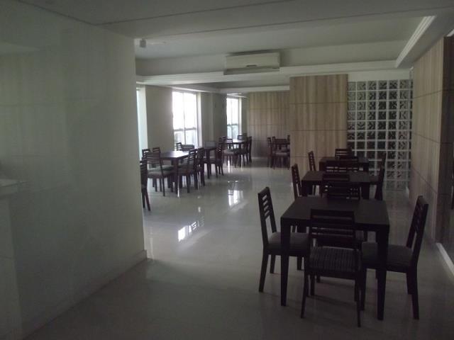 Salão de festas equipado, montado e climatizado com churrasqueira.