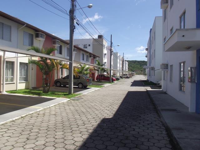 Casa - Código 729 a Venda no bairro Sertão do Maruim na cidade de São José - Condomínio Condomínio Residencial Beija Flor