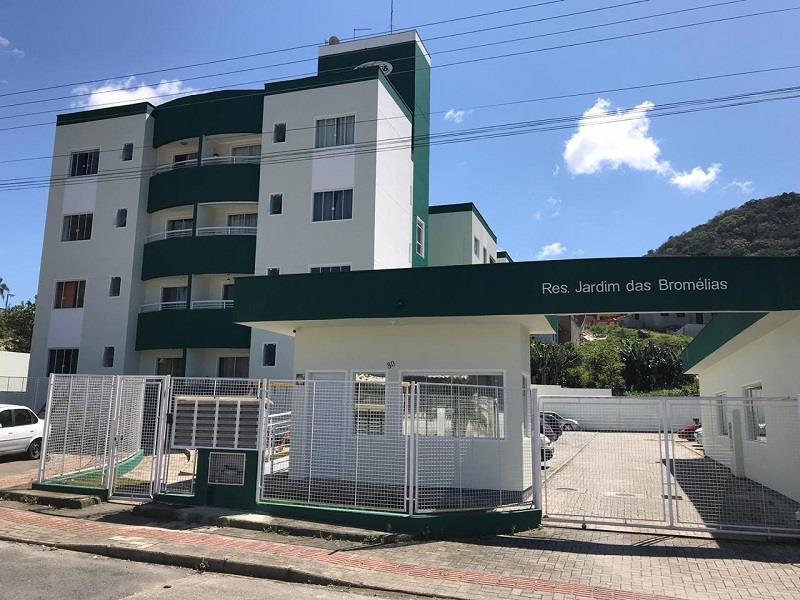 Apartamento - Código 1047 a Locação no bairro Potecas na cidade de São José - Condomínio Residencial Jardim das Bromélias