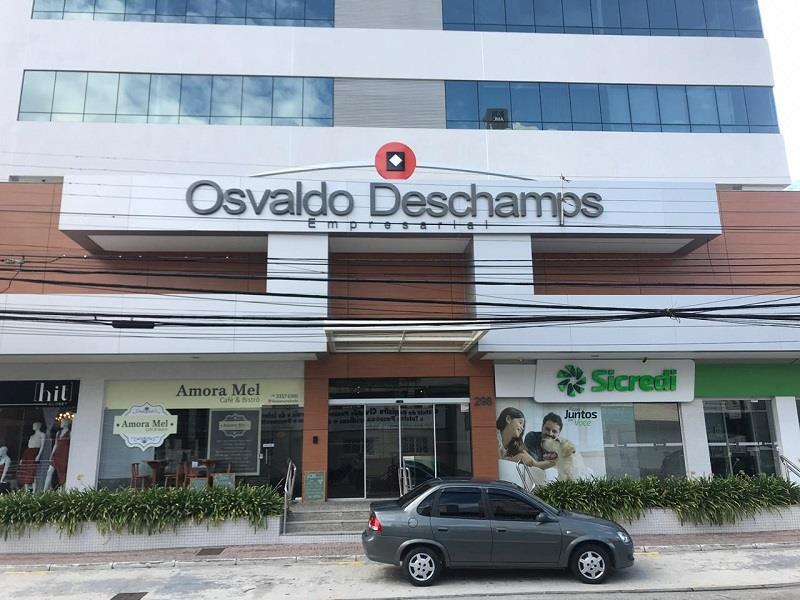 Sala - Código 1124 a Venda no bairro Kobrasol na cidade de São José - Condomínio Centro Comercial Osvaldo Deschamps