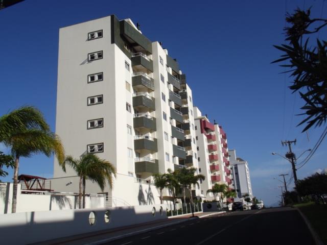 Apartamento - Código 631 a Venda no bairro Capoeiras na cidade de Florianópolis - Condomínio Recanto das Pedras