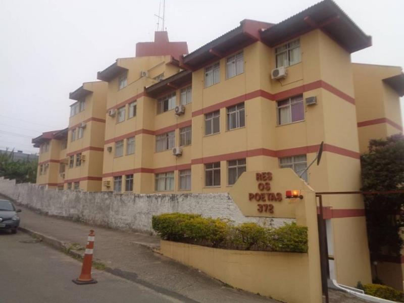 Apartamento - Código 233 a Venda no bairro Capoeiras na cidade de Florianópolis - Condomínio Residencial Os Poetas
