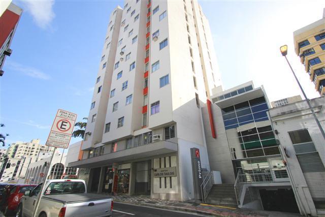 Apartamento - Código 1008 Aluguel Anual CARLOS TAULOIS no bairro Centro na cidade de Florianópolis