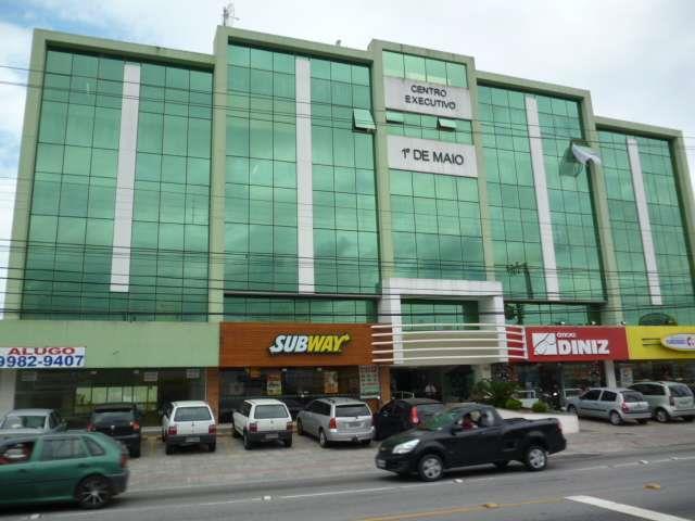 Sala - Código 1260 Venda 1º DE MAIO no bairro Barreiros na cidade de São José