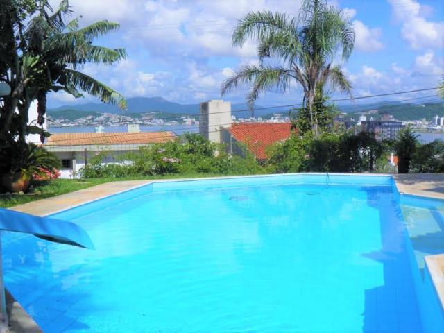 Casa - Código 748 a Venda no bairro Itaguaçu na cidade de Florianópolis - Condomínio CASA ITAGUACU - Rua Aldo Luz
