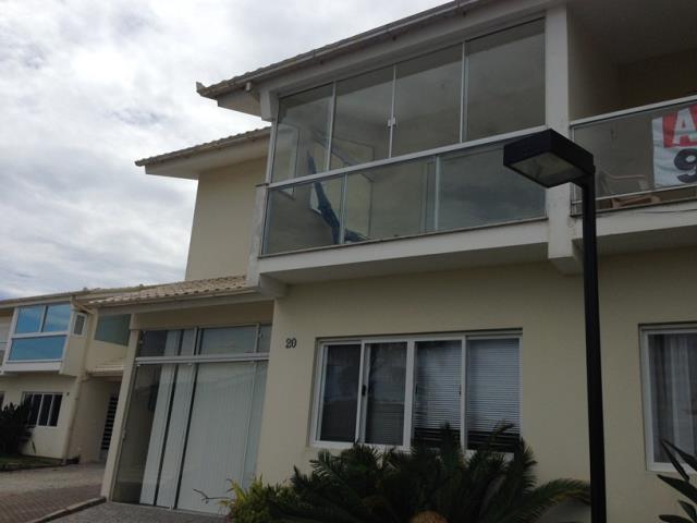 Casa-Codigo-208-a-Venda-no-bairro-Praia-Mole-na-cidade-de-Florianópolis