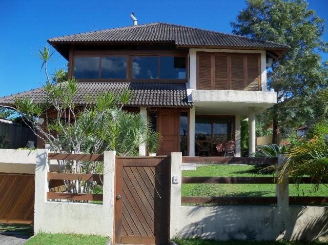 Casa-Codigo-238-a-Venda-no-bairro-Lagoa-da-Conceição-na-cidade-de-Florianópolis