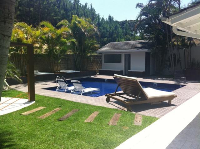 Casa-Codigo-247-a-Venda-no-bairro-Praia-Mole-na-cidade-de-Florianópolis