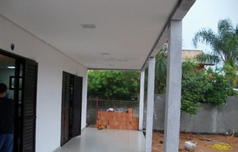 Casa-Codigo-250-a-Venda-no-bairro-Campeche-na-cidade-de-Florianópolis