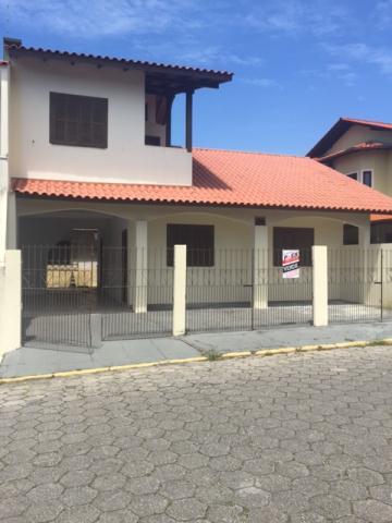 Casa-Codigo-280-a-Venda-no-bairro-Lagoa-da-Conceição-na-cidade-de-Florianópolis