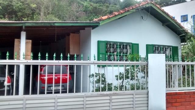 Casa-Codigo-293-a-Venda-no-bairro-Joaquina-na-cidade-de-Florianópolis