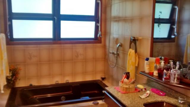 44. Banheiro com hidromassagem