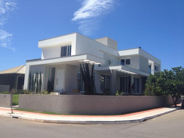 1. Casa com 4 suites piscina e sauna , condominio fechado na Lagoa da Conceição
