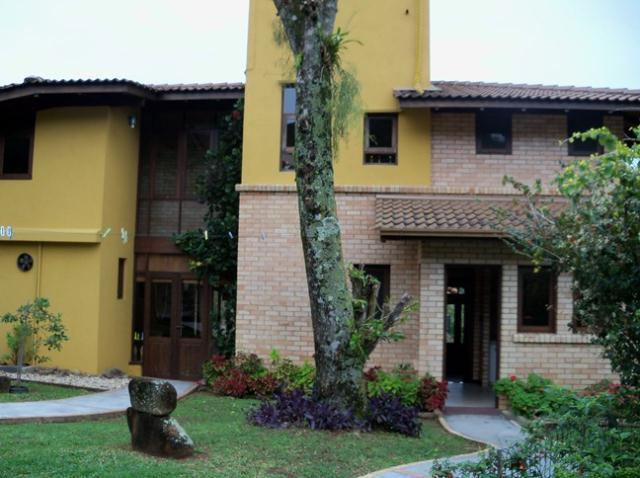 Casa-Codigo-390-a-Venda-no-bairro-Lagoa-da-Conceição-na-cidade-de-Florianópolis