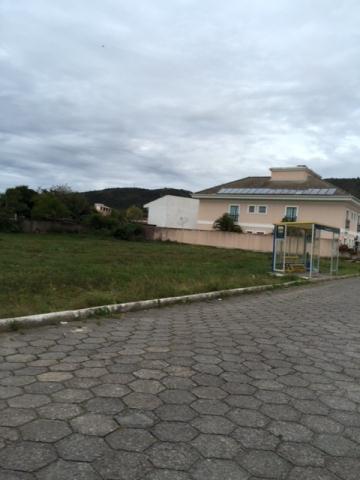 Terreno-Codigo-490-a-Venda-no-bairro-Barra-da-Lagoa-na-cidade-de-Florianópolis