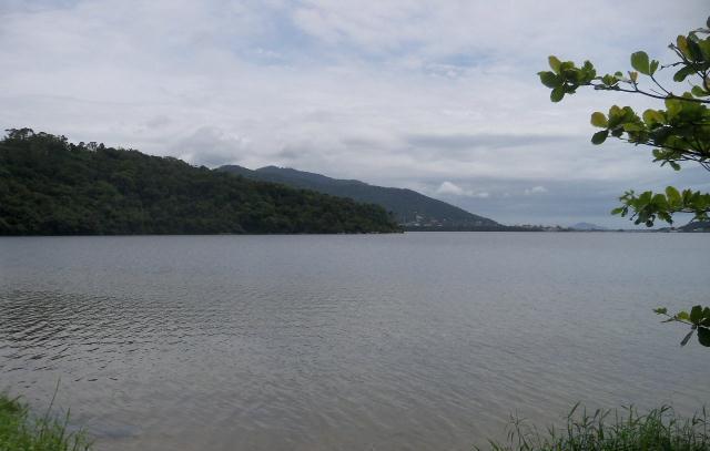 Terreno-Codigo-496-a-Venda-no-bairro-Lagoa-da-Conceição-na-cidade-de-Florianópolis