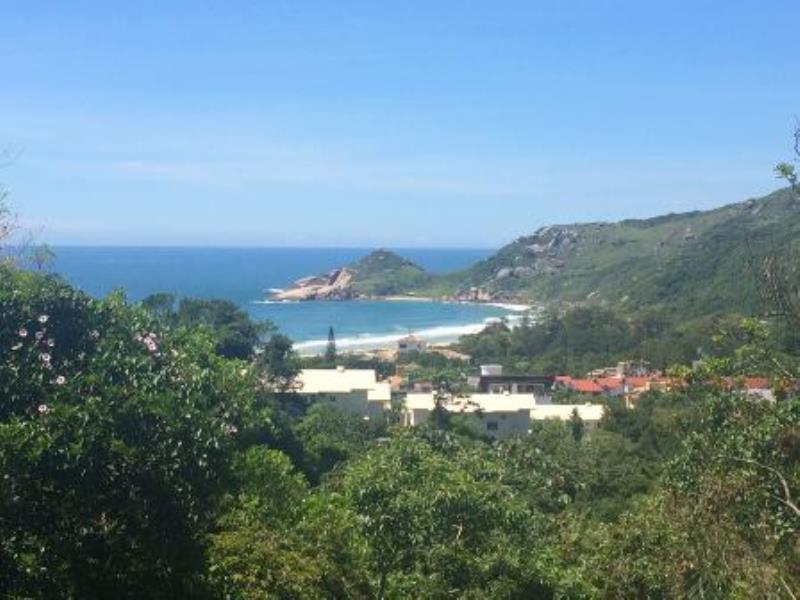 Casa-Codigo-556-a-Venda-no-bairro-Praia-Mole-na-cidade-de-Florianópolis
