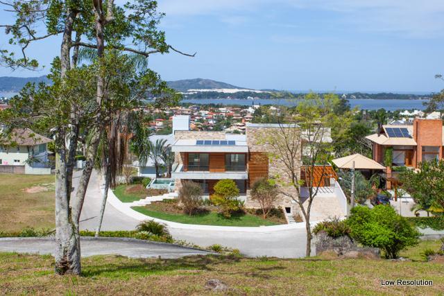 Casa-Codigo-681-a-Venda-no-bairro-Lagoa-da-Conceição-na-cidade-de-Florianópolis